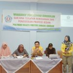 Workshop peninjauan kurikulum program sarjana terapan kebidanan dan profesi bidan